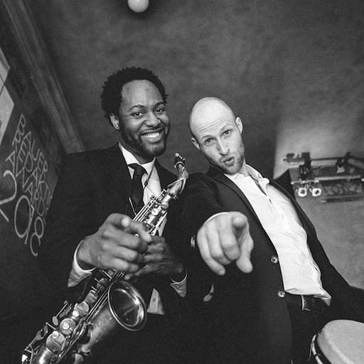 Band für Empfang mit Saxophon und Percussion