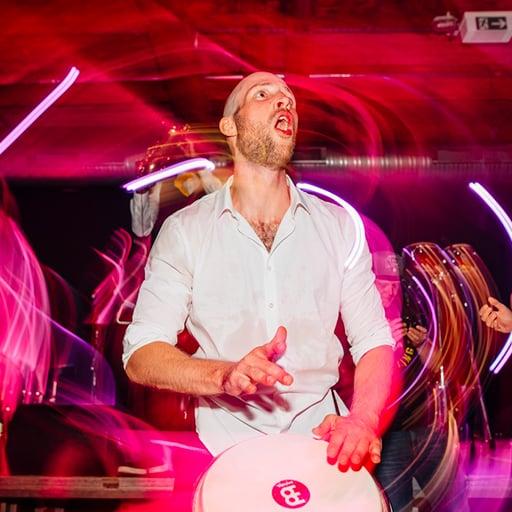 Percussion und DJ Geburtstagsfeier